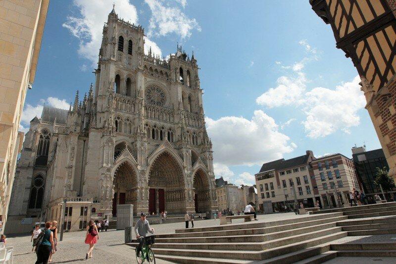 Amiens Fête Dans La Ville